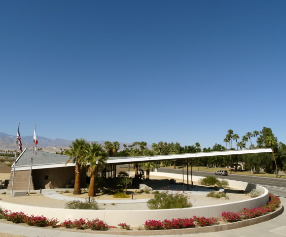 Modernism-Week-in-Palm-Springs-photo-by-Sarah-Scheideman-11-580x481