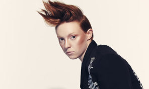 La-Roux-I-would-look-at-p-001