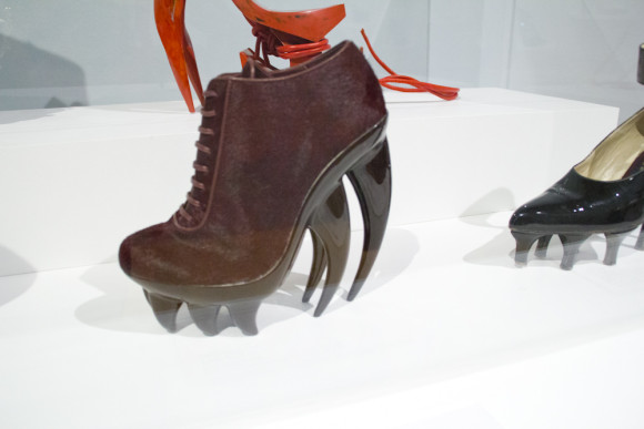 Killer Heels exhibit at Palm Springs Art Museum photo by Arslane Merabet 13