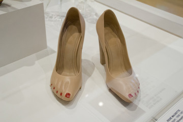 Killer Heels exhibit at Palm Springs Art Museum photo by Arslane Merabet 8